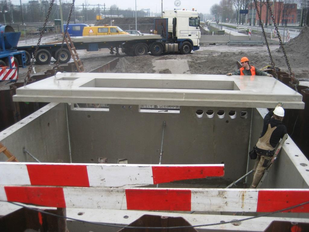Plaatsen prefab beton - Gebr. de Koning